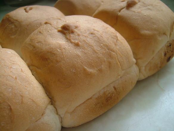 bread-rolls-1196535